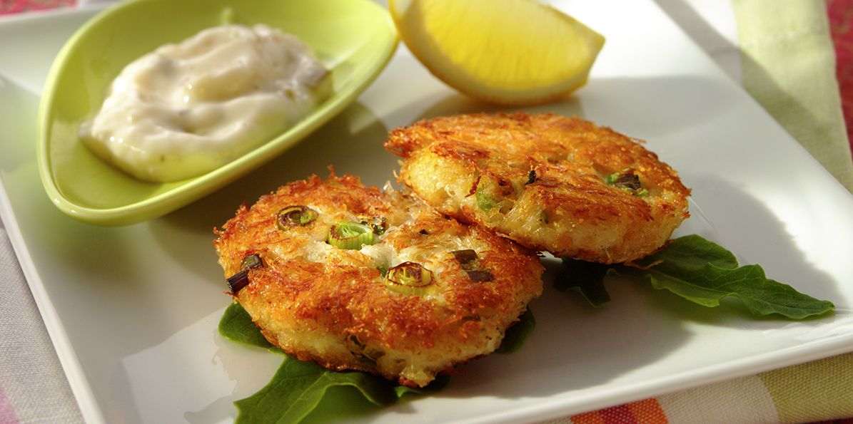 Crab Cakes with Cheddar Cheese | Sargento