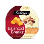 Balanced Breaks® Natural Sharp Cheddar Cheese with Cashews and Cherry Juice- Infused Dried Cranberries