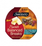 Sweet Balanced Breaks® Natural Cheddar Cheese with Chocolate Chunks, Raspberry Flavored Dried Cranberries and Graham Crackers