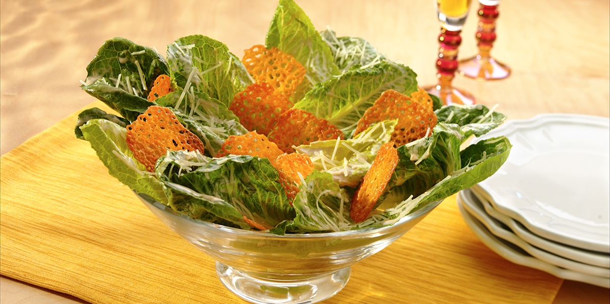 Caesar Salad with Cheddar Crackers