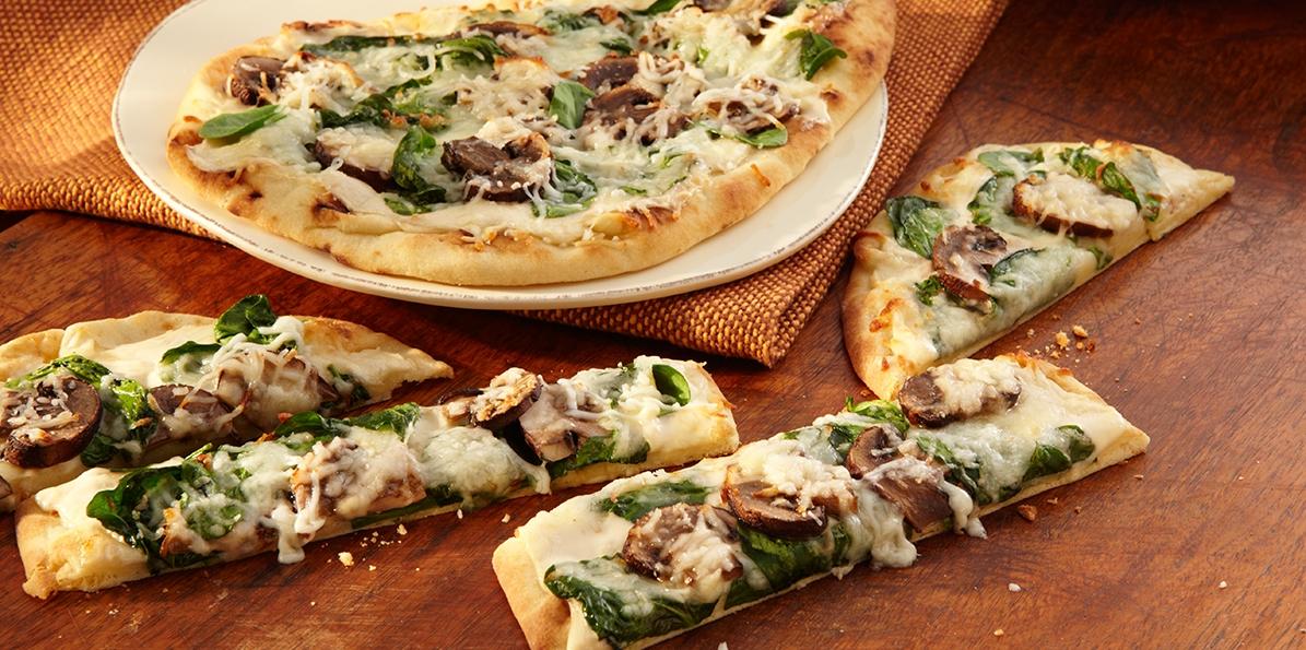 Spinach Mushroom Tandoori Naan Pizza