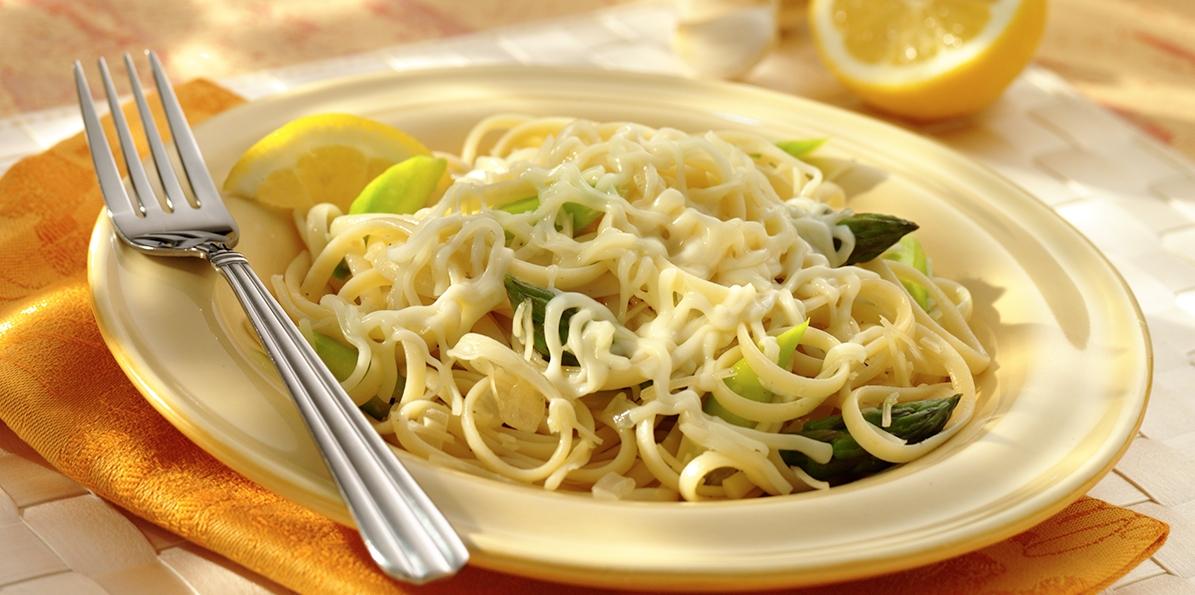 Tangy Asparagus Linguini