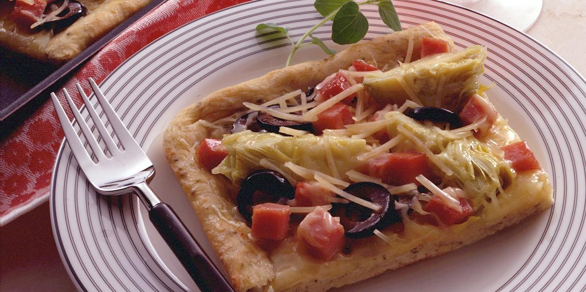 Swiss Artichoke & Ham Pizza